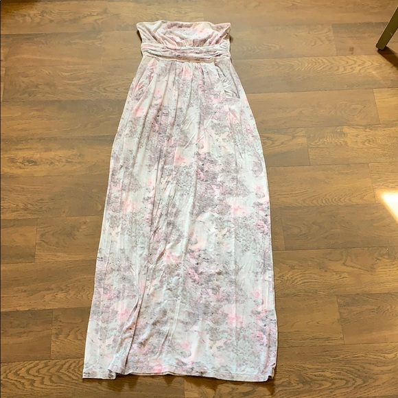 Cynthia Rowley Dresses & Skirts - Strapless maxi dress